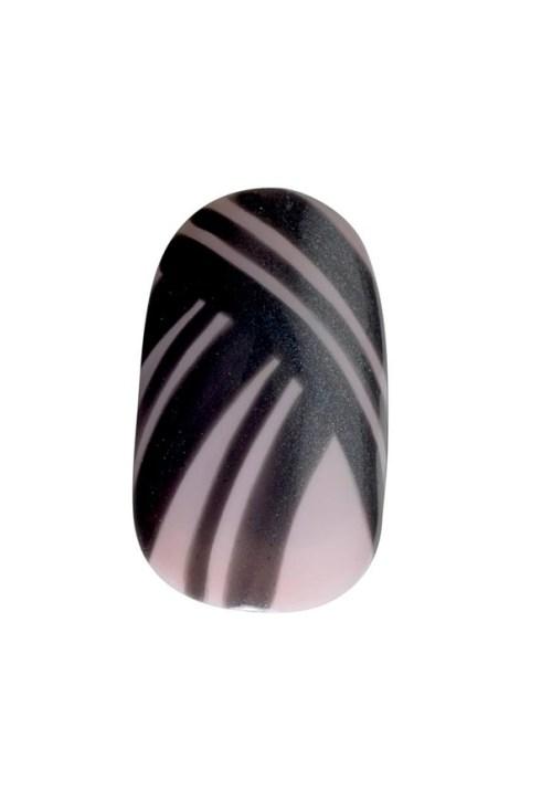 nails-01_v_2apr13_b_592x888_1