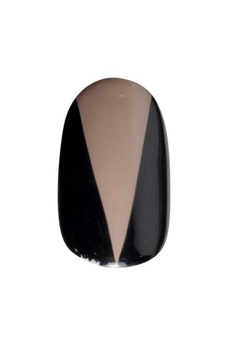 nails-03_v_2apr13_b_592x888_1